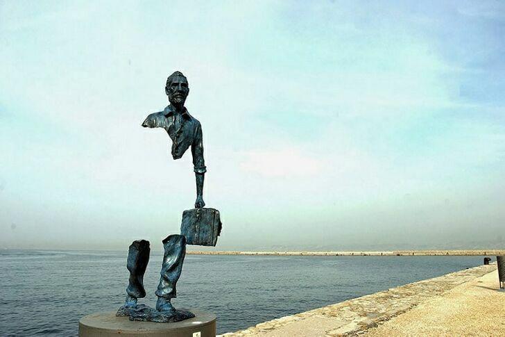 neobychnye-skulptury-12