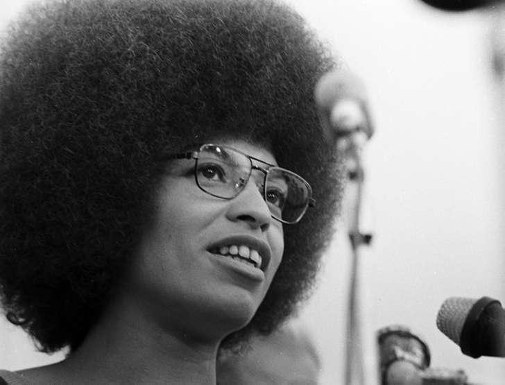 «Свободу Анджеле Дэвис!»: куда исчезла самая знаменитая американка 1970-х, и чем завершилась ее борьба