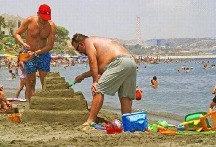 Фотодоказательства того, что первые 40 лет детства мужчины — самые тяжелые….