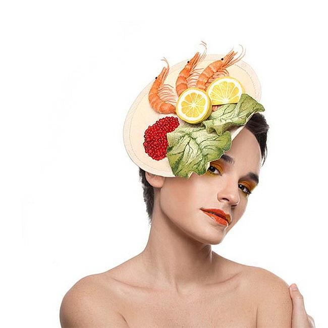 Шляпка из помидора? Ничего странного - пищевая мода набирает обороты