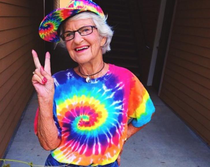 """Я обожаю свою бабушку!"""