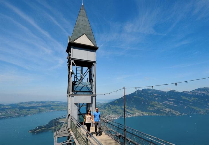 10 невероятных лифтов, которые вызовут боязнь высоты у кого угодно