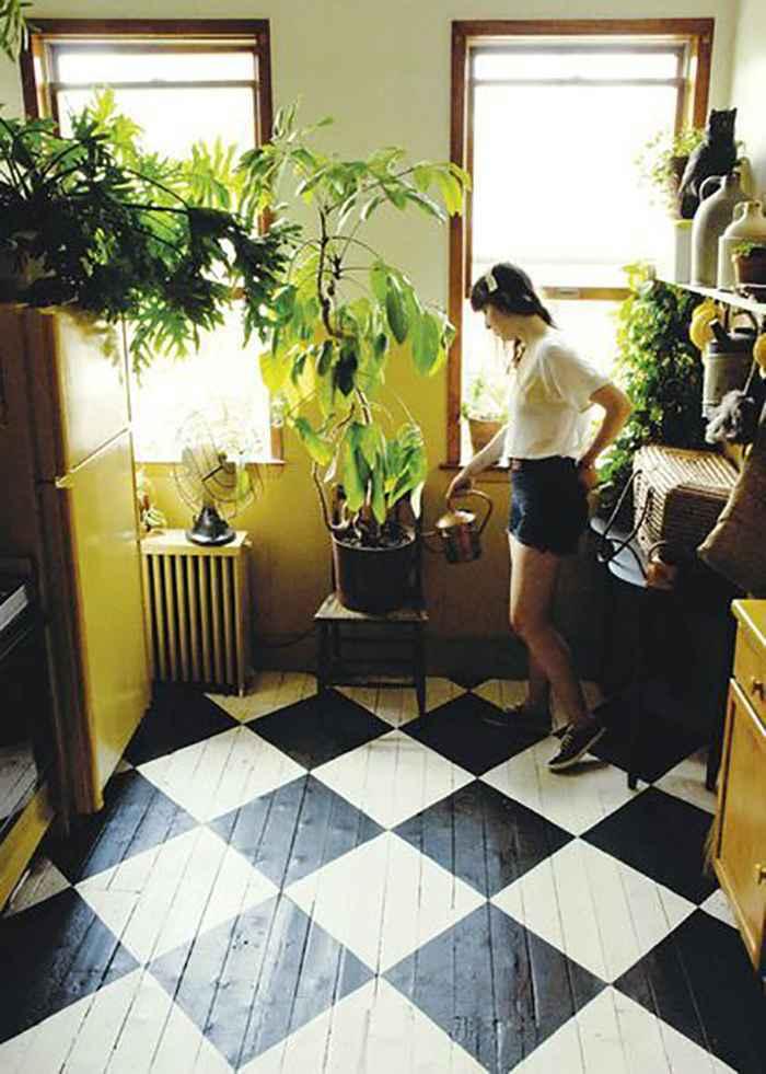 Неординарные идеи - как превратить старый дощатый пол в современный и стильный
