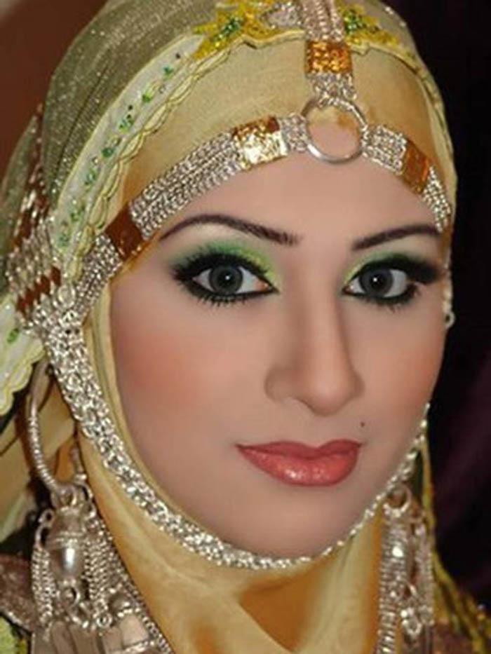 Как выглядят и чем занимаются жёны арабских шейхов