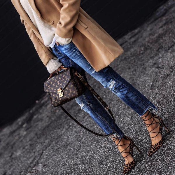 Как модно носить джинсы осенью-2017