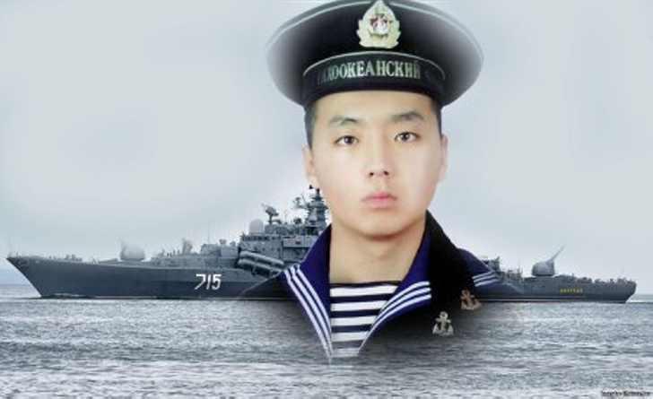 Как матрос Алдар Цыденжапов спас 300 человек экипажа и эсминец