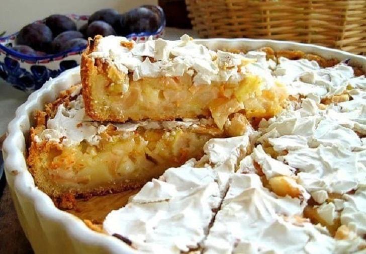 Яблочный пирог, тающий во рту. Рецепт.