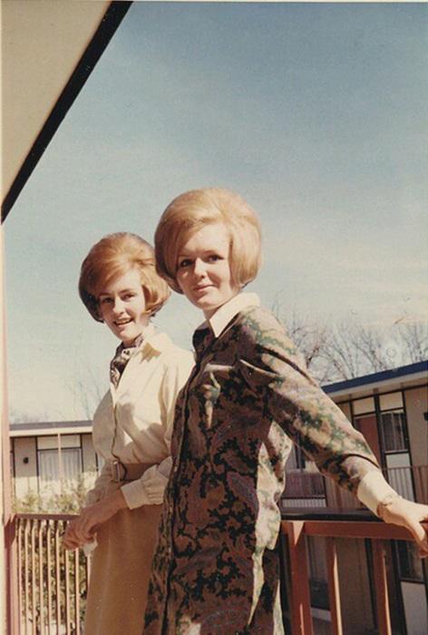 20 причесок, которые когда-то, в 60-х, были модными. Сейчас они выглядят забавно…